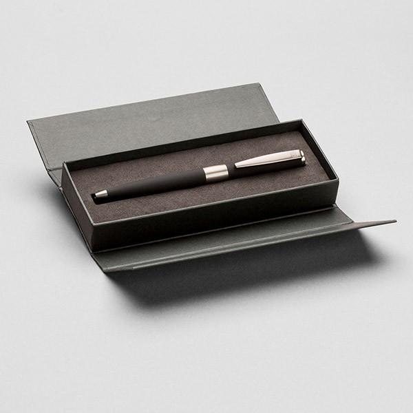 Hochwertiger Kugelschreiber in Geschenkbox, schwarz/silber
